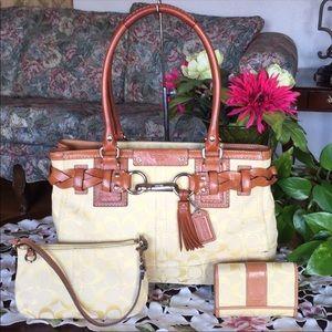 Coach hampton signature satchel,wallet & wristlet